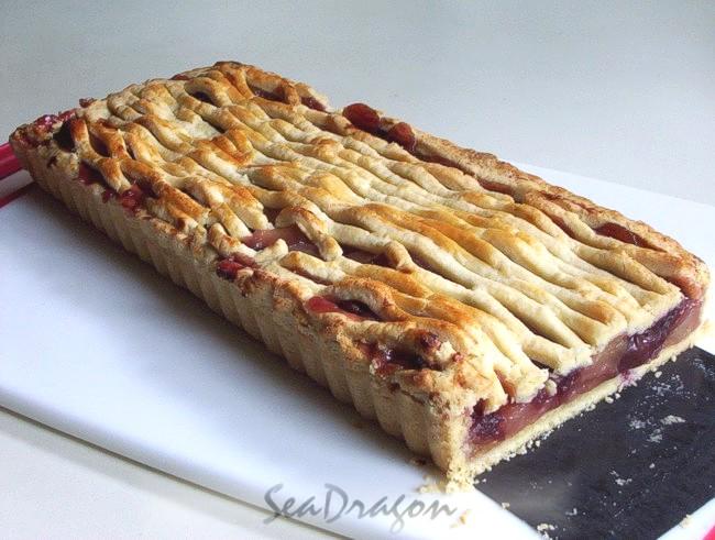 Tart Cherry & Apple Pie